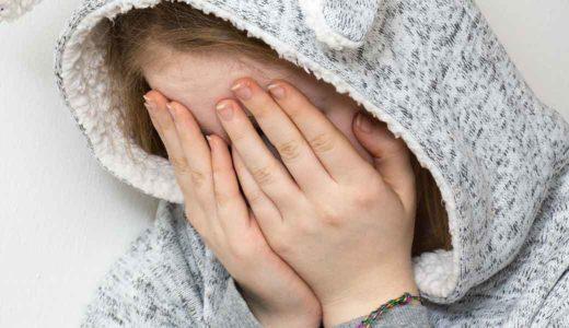 出産後の女性の情緒不安定「マタニティブルー」と「産後うつ」の違いと対処法